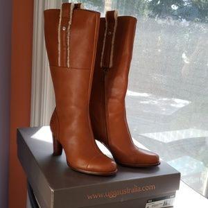UGG sz 9 NWTs Tess Boots
